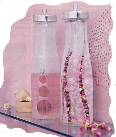 الزجاجات الشفافة